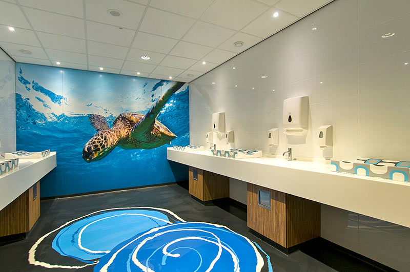 Toletto toiletrenovatie Dolfinarium Harderwijk